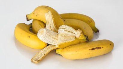 केले (Bananas) खाने के फायदे और नुकसान