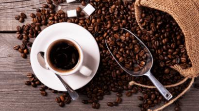 ब्लैक कॉफी पीने के फायदे और नुकसान