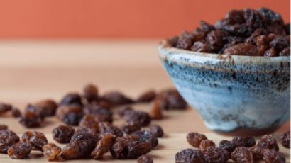 मुनक्का के बीज खाने के नुकसान – Raisins seeds