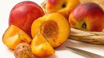 आडू के फायदे और नुकसान – Peach Benefits