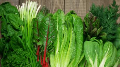 हरी पत्तेदार सब्जियां खाने के फायदे और नुकसान