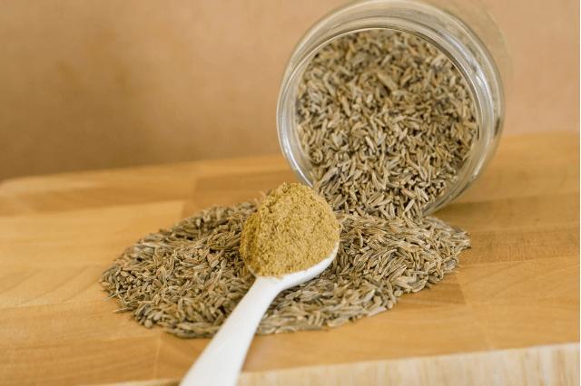 जीरा के पानी के फायदे और नुकसान – Cumin Benefits