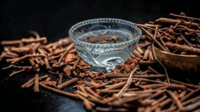 मंजिष्ठा के फायदे और नुकसान – Manjistha