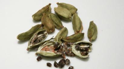 इलायची खाने के फायदे और नुकसान – Cardamom