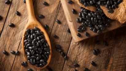 काले सेम के फायदे और नुकसान – Black Beans