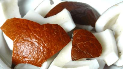 नारियल भिगोकर खाने के फायदे – Benefits of soaked Coconut