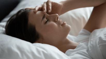 माइग्रेन के नुकसान, कारण, लक्षण और बचाव के उपाय